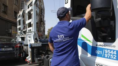 compania-municipala-managementul-transportului-ridicare-masini-bucuresti-inquamphotos-octav-ganea (2)