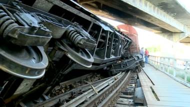 tren deraiat suceava 3