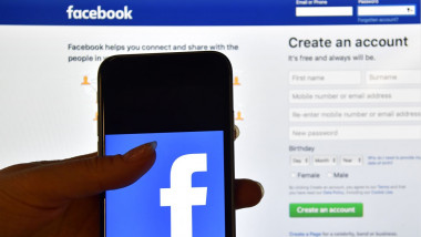 facebook logo sigla getty crop