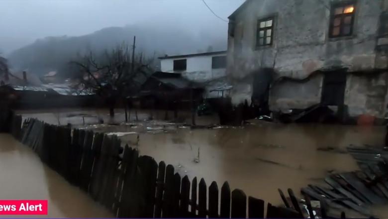 inundatii brezoi - captura video
