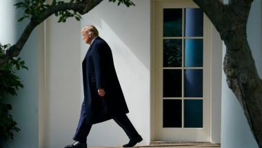 Donald Trump părăsește Casa Albă