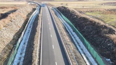 autostrada groapa de gunoi