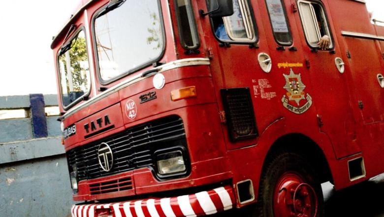 masina de pompieri india profimedia