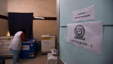 centru vaccinare india