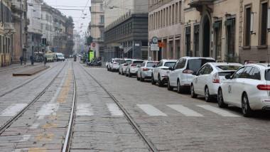 strada goala din milano, italia
