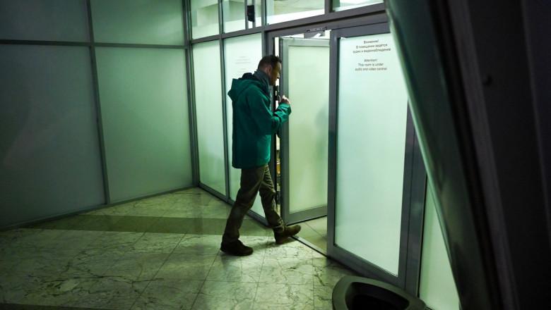 aleksei navalnii intra la controlul pasapoartelor profimedia-0584206921