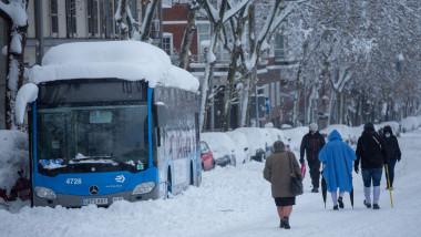 Historic snowfall in Madrid, Spain - 09 Jan 2021