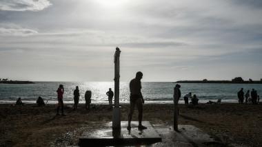 grecia plaja in ianuarie