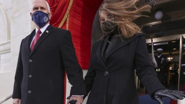 Vicepreședintele Mike Pence și soția sa Karen
