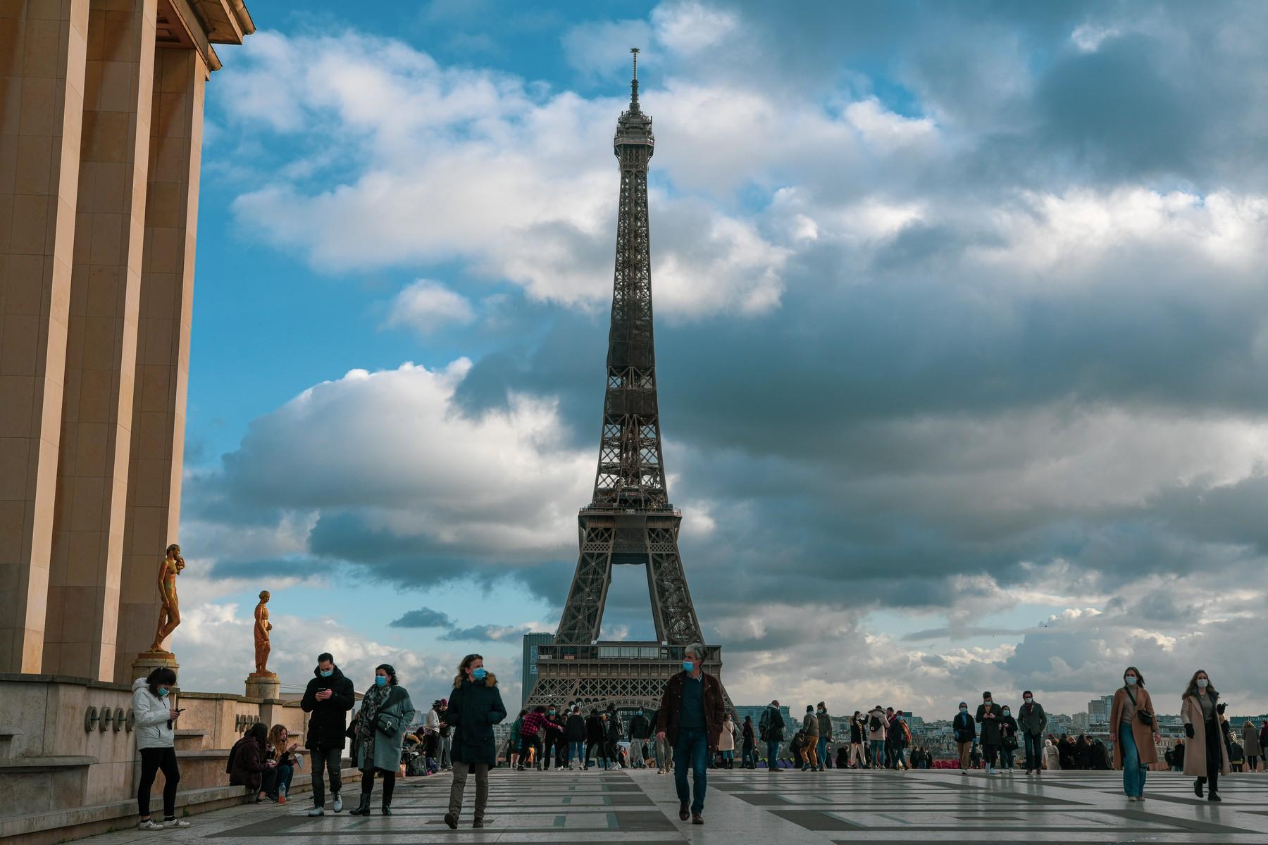 Franța impune noi reguli la intrarea în țară, începând de duminică