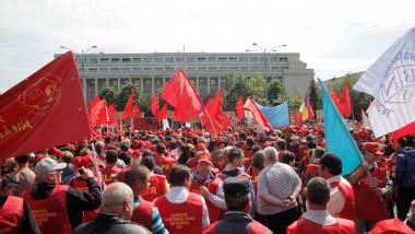 Protest al lucrătorillor poştali din România, angajaţi Poşta Română, 2016