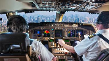 cabina pilotaj