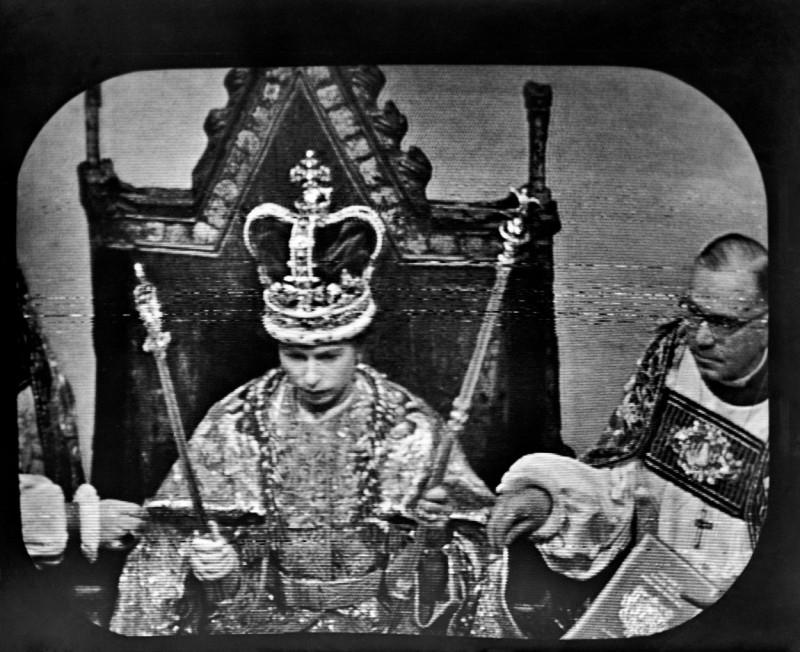 69 de ani de cand elisabeta a II-a este regina