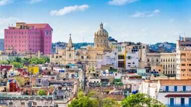 economia cubei se privatizează