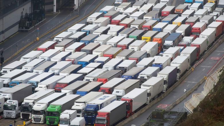camioane dover getty