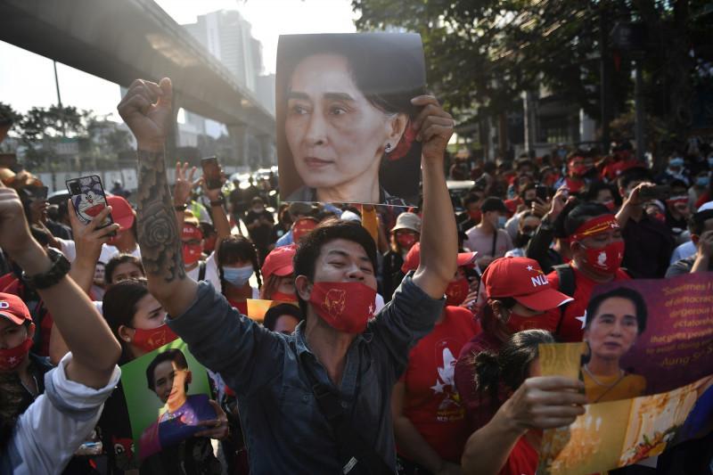 protestatari-birmanezi-thailanda
