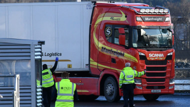 *NO IRELAND* Brexit Transition Period Ends: First Lorries from UK to Northern Ireland Arrive