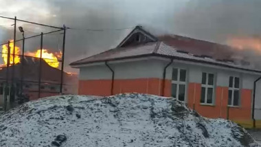 Incendiu la o școală din Vaslui