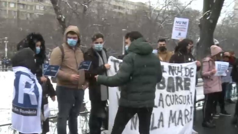 studenti-protest-CFR-digi24