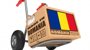 cutie cu eticheta made in romania.