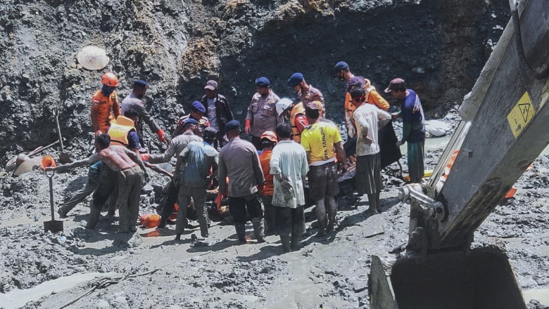 Illegal gold mine collapsed in Central Sulawesi