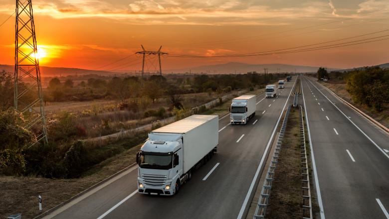 convoi de camioane