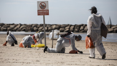 Israel Closes Mediterranean Beaches