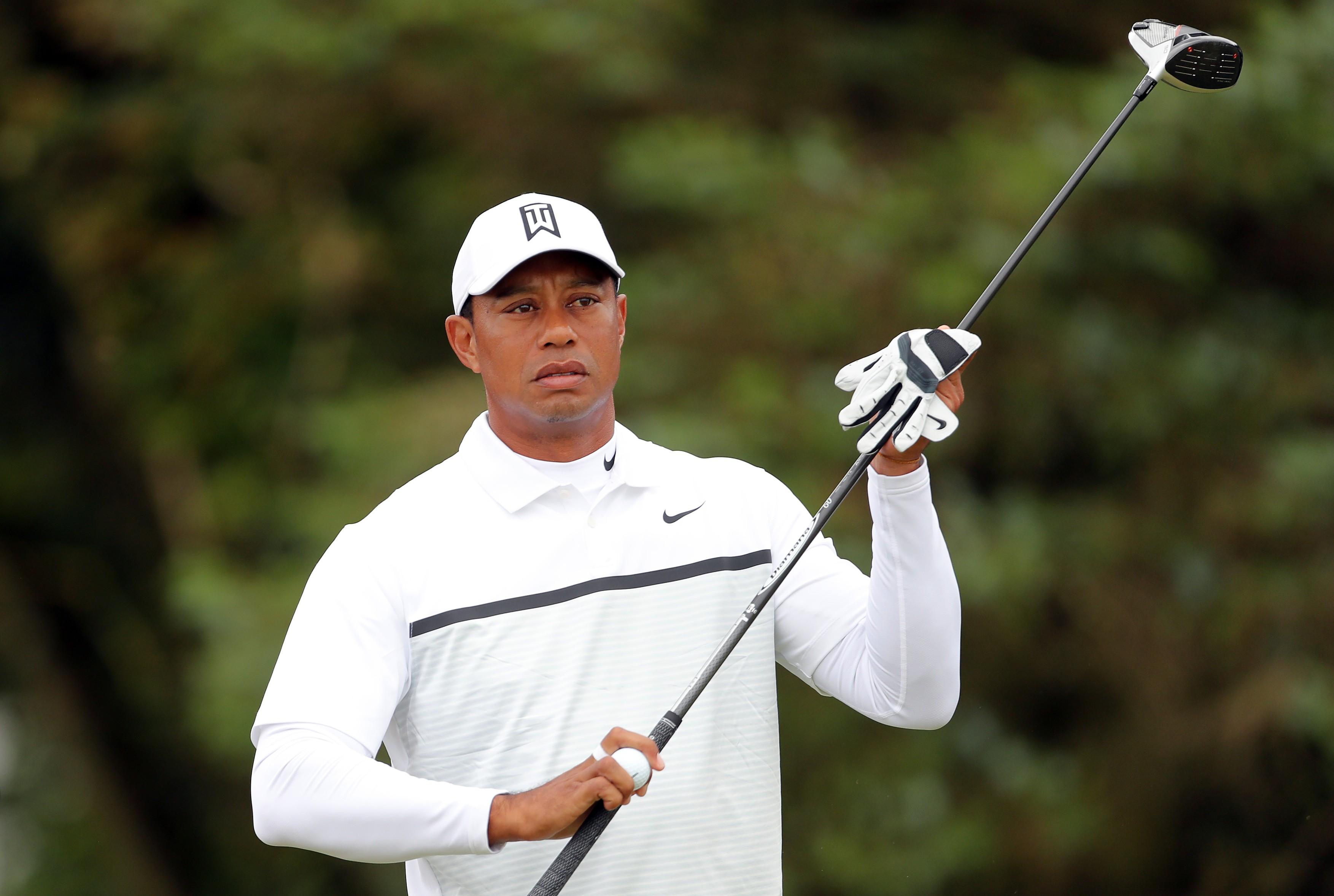 Legenda golfului, Tiger Woods, a ajuns grav rănit la spital după ce a fost implicat într-un accident de mașină