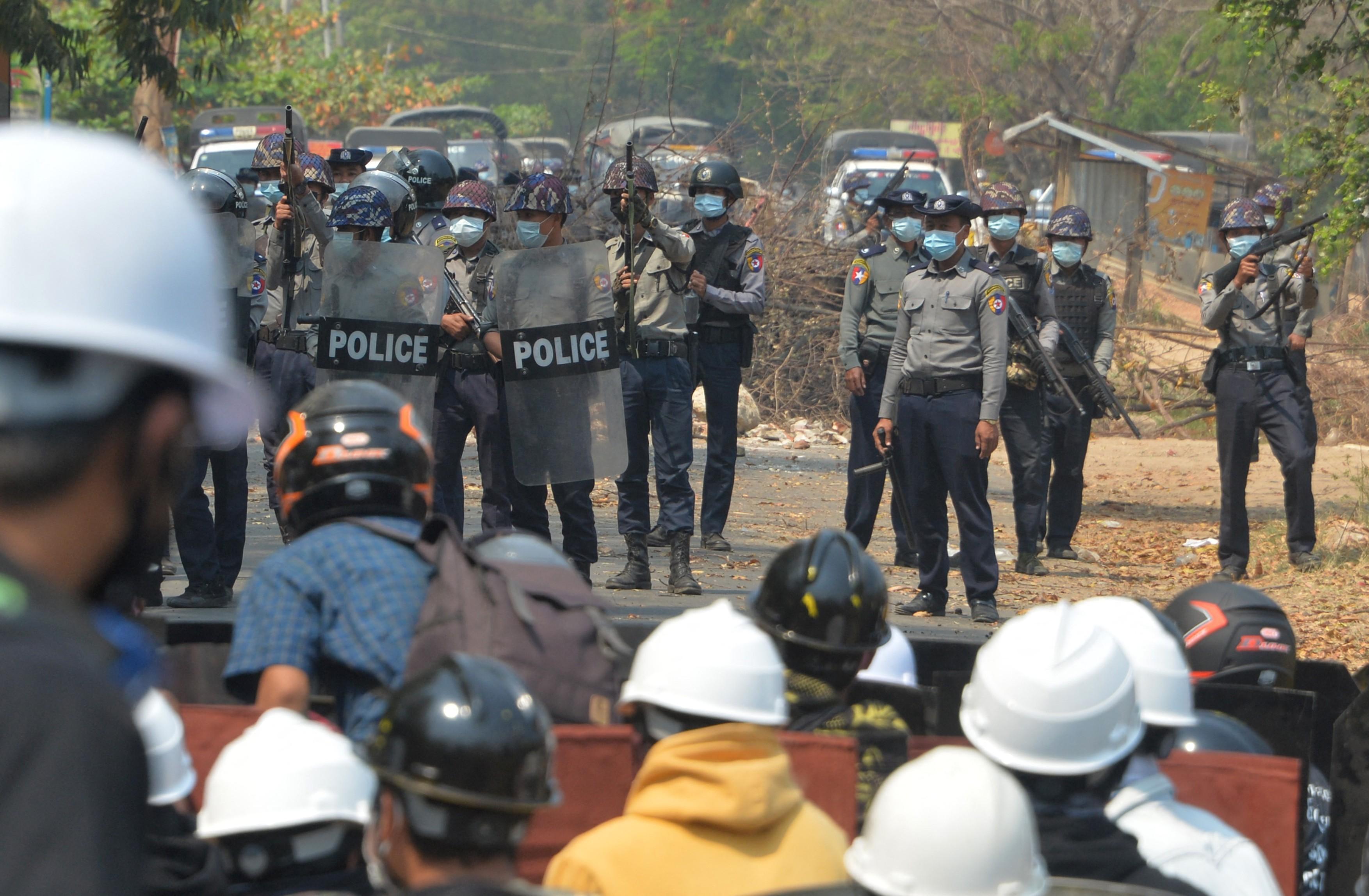 lovitura de stat in myanmar
