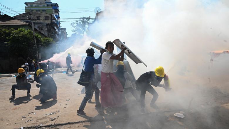 proteste în myanmar