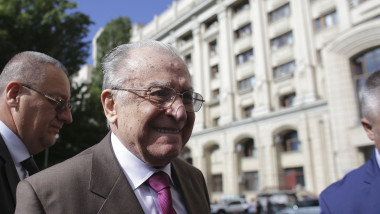 ion iliescu_INQUAM_Photos_Octav_Ganea