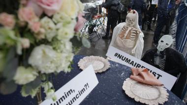 protest organizatori nunti_INQUAM_Photos_Octav_Ganea