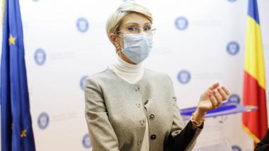 raluca-turcan-conferinta-ministerul-muncii-inq-calin (1)