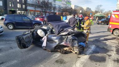 urmarire-bucuresti-accident-rutier-proiectat-parbriz (4)