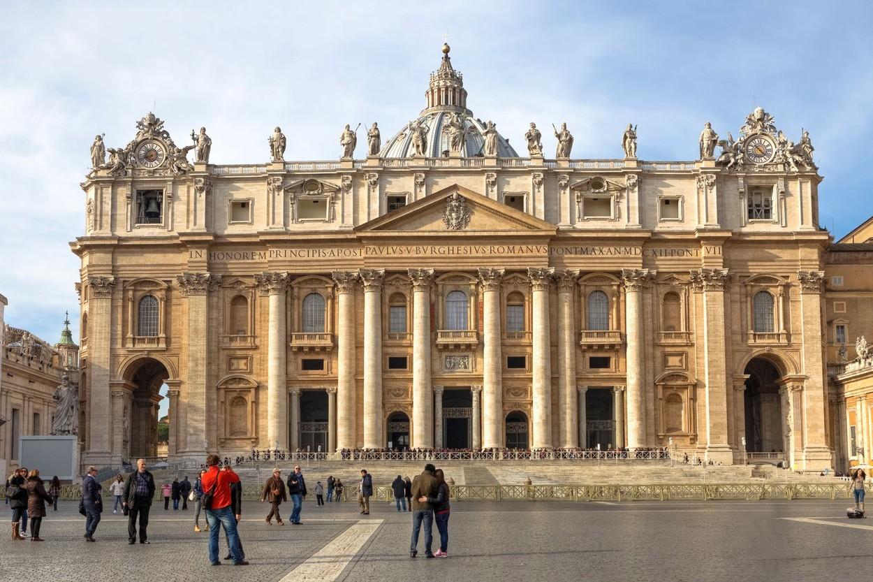 Bazilica San Pietro din Vatican