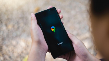telefon cu google maps