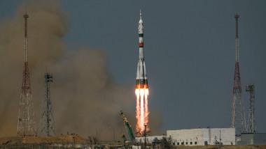 """Capsula spaţială Soyuz MS-18 """"Iu.A.Gagarin"""", lansată cu succes într-o misiune aniversară spre ISS"""