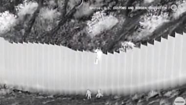 copii peste zid sua