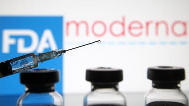 vaccin moderna adaptat la tulpini