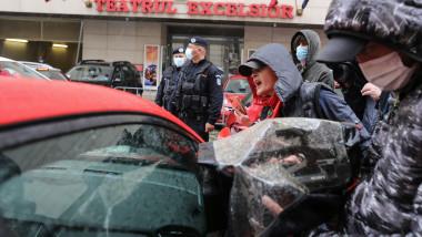 protestatari andreea moldovan ID164676_INQUAM_Photos_Sabin_Cirstoveanu