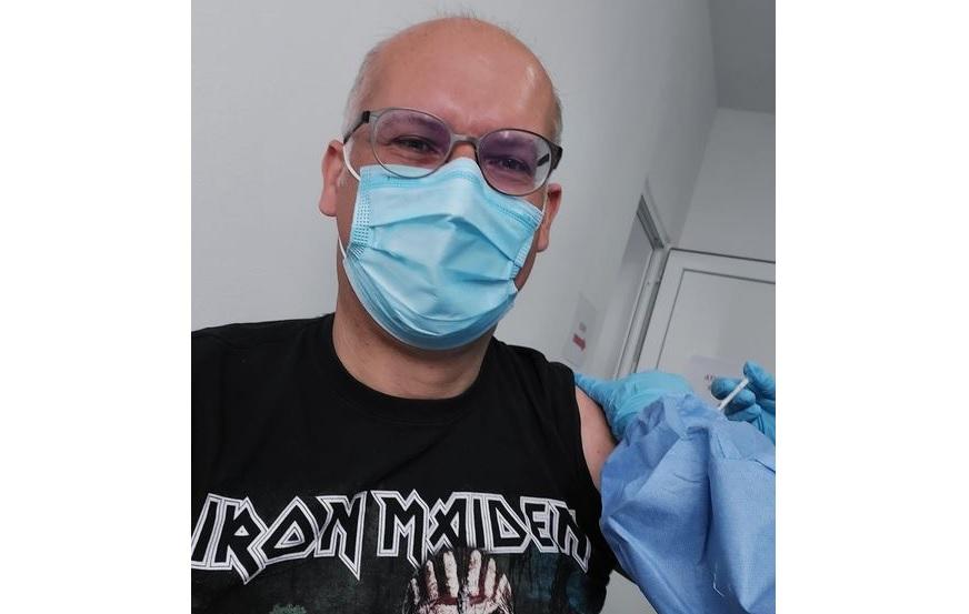 """Reacția unui cetățean străin care s-a vaccinat în România: """"It rocks!"""""""