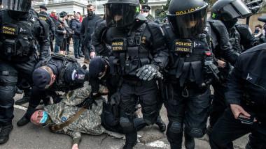 manifestant pro rus retinut la praga profimedia-0606311292