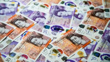 Ilustrație bancnote de lire sterline