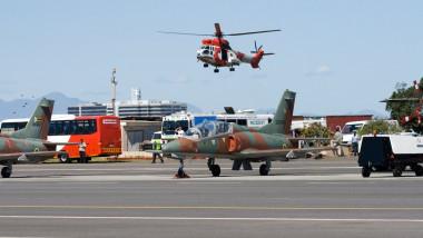 Un elicopter al Forţelor Aeriene din Zimbabwe s-a prăbuşit pe o casă