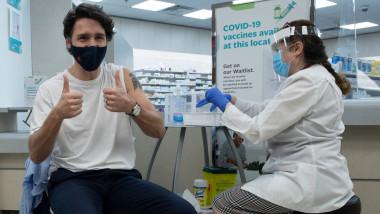 Justin Trudeau s-a vaccinat cu prima doză AstraZeneca