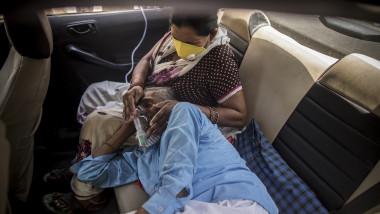 Bolnav de Covid în mașină India