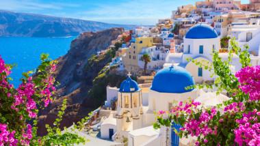 imagine panoramica din santorini, grecia