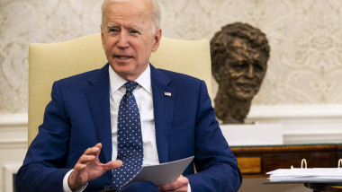 President Biden Meets With Congressional Asian Pacific American Caucus Executive Committee