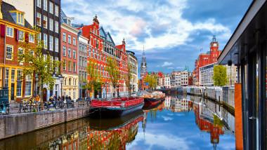 Olanda-canal-ilustrativ