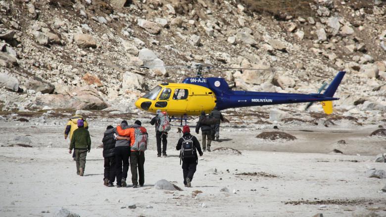 alpinist everest elicopter